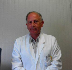 dott. cesare storti foto camice